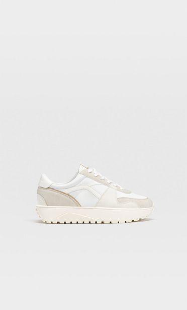 Προσφορά Αθλητικά παπούτσια με λεπτομέρεια κομμάτια για 29,99€