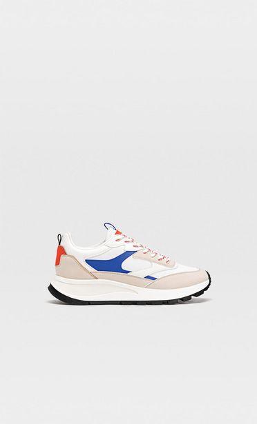 Προσφορά Αθλητικά παπούτσια με λεπτομέρεια από τμήματα για 35,99€