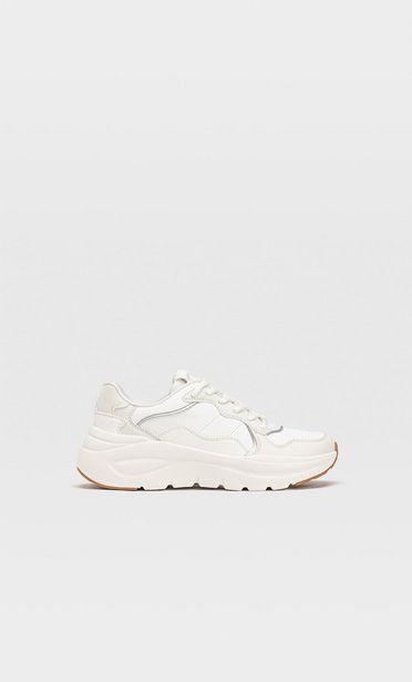 Προσφορά Αθλητικά παπούτσια με λεπτομέρεια κομμάτια για 35,99€
